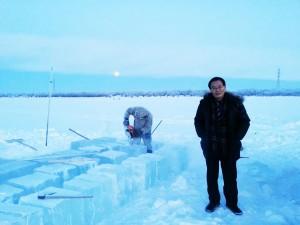 Нарезка льда в Якутии